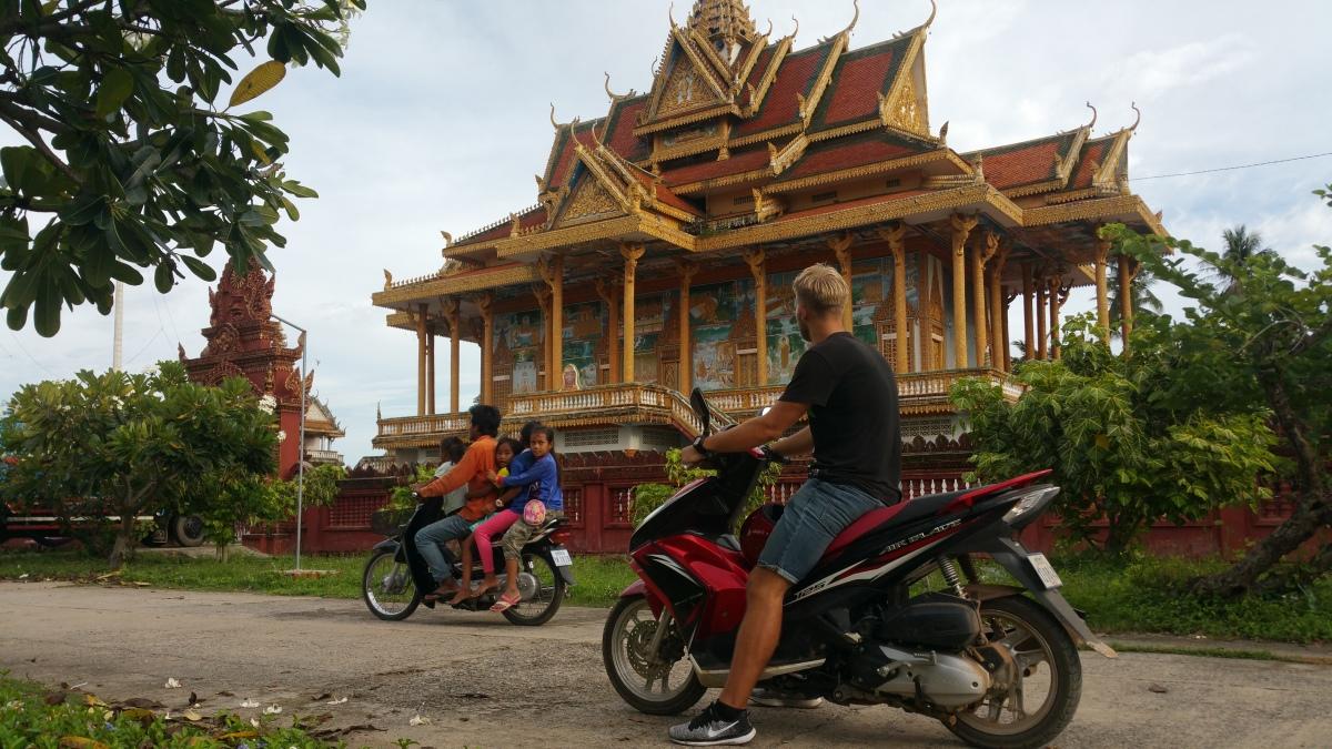 """87. nap – Kambodzsa – """"Helló, onedollar!"""""""